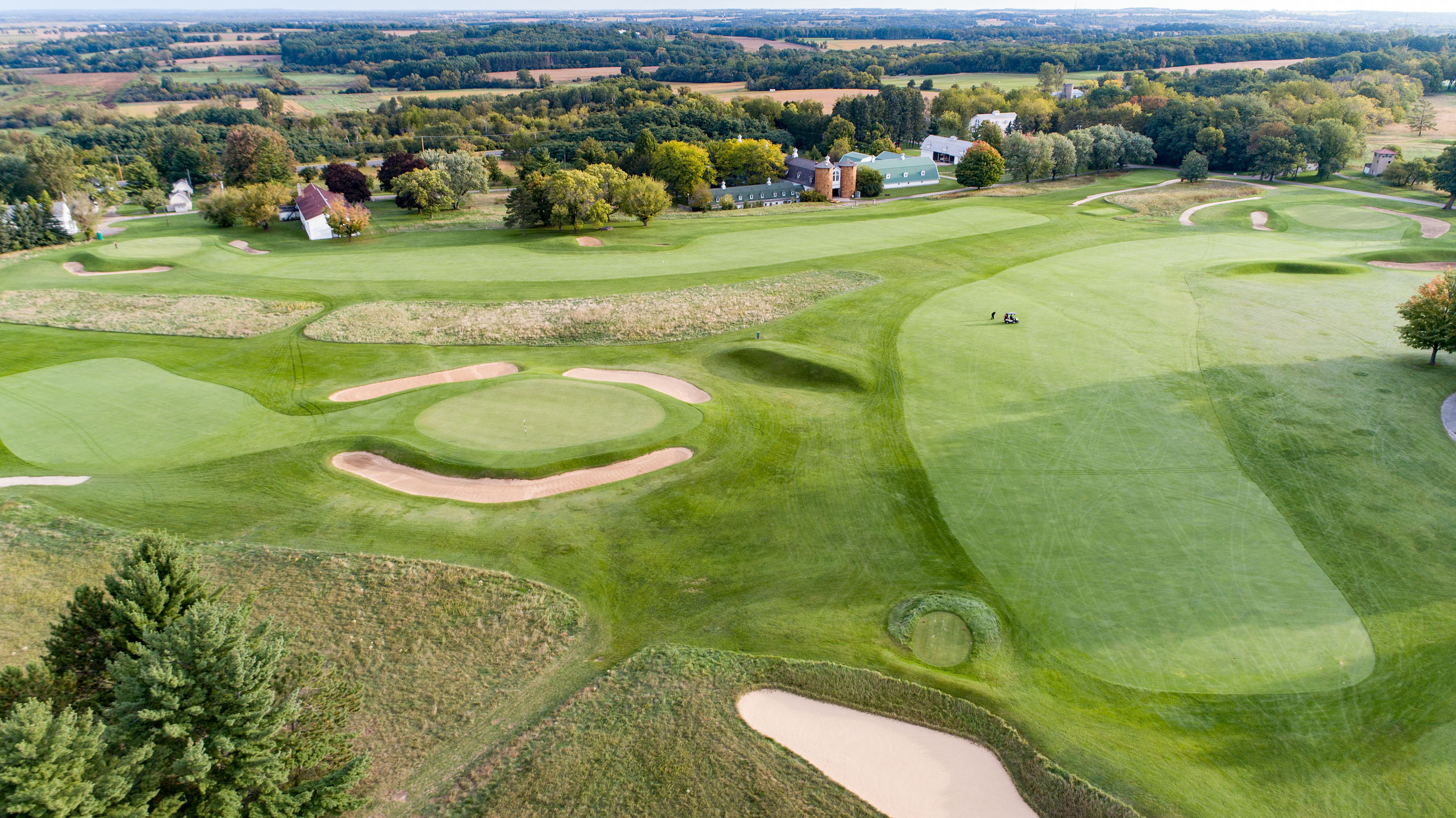 A prime example of triangulation on full display at Lawsonia Links in Wisconsin.