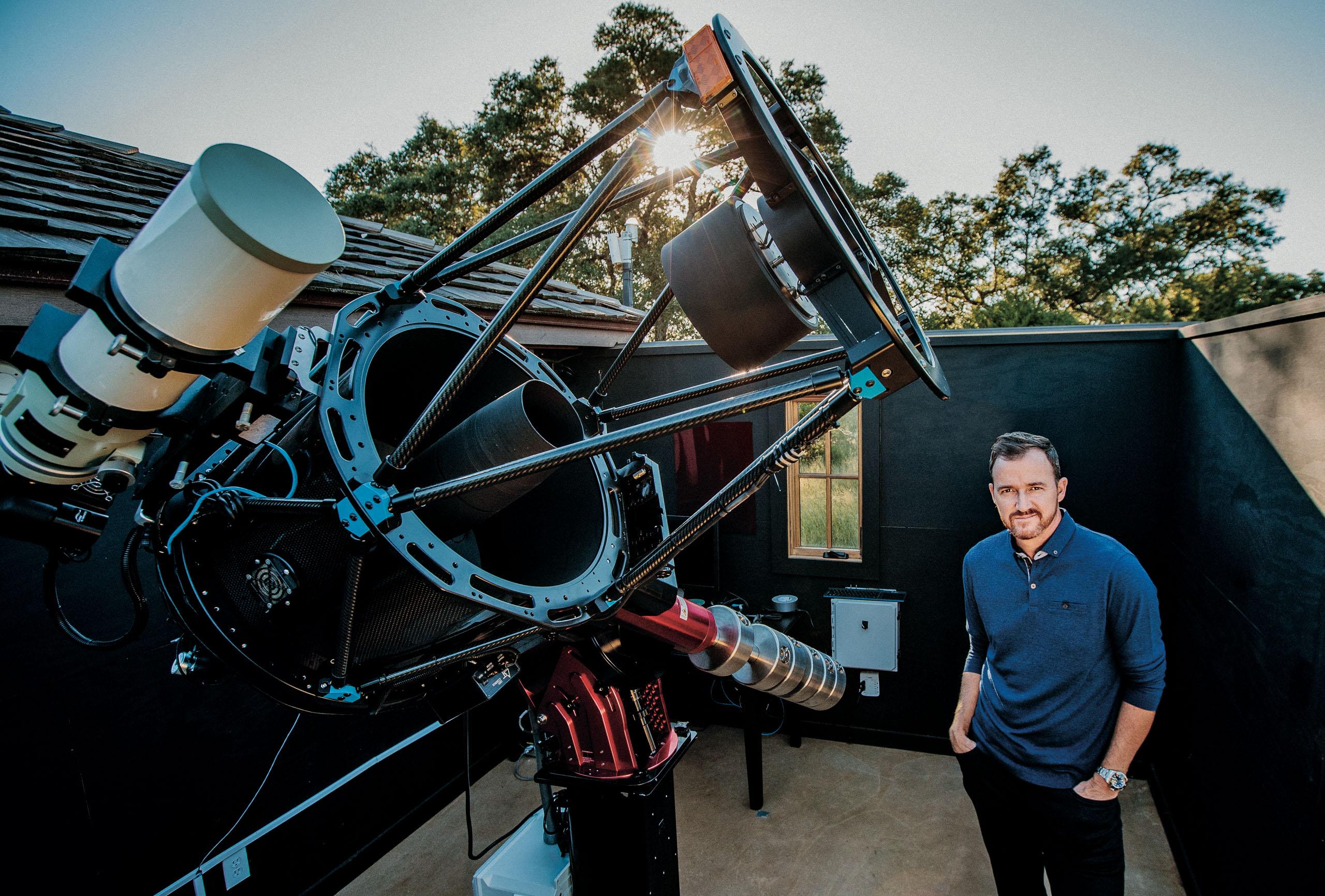 Golfer Jimmy Walker with his Telescope