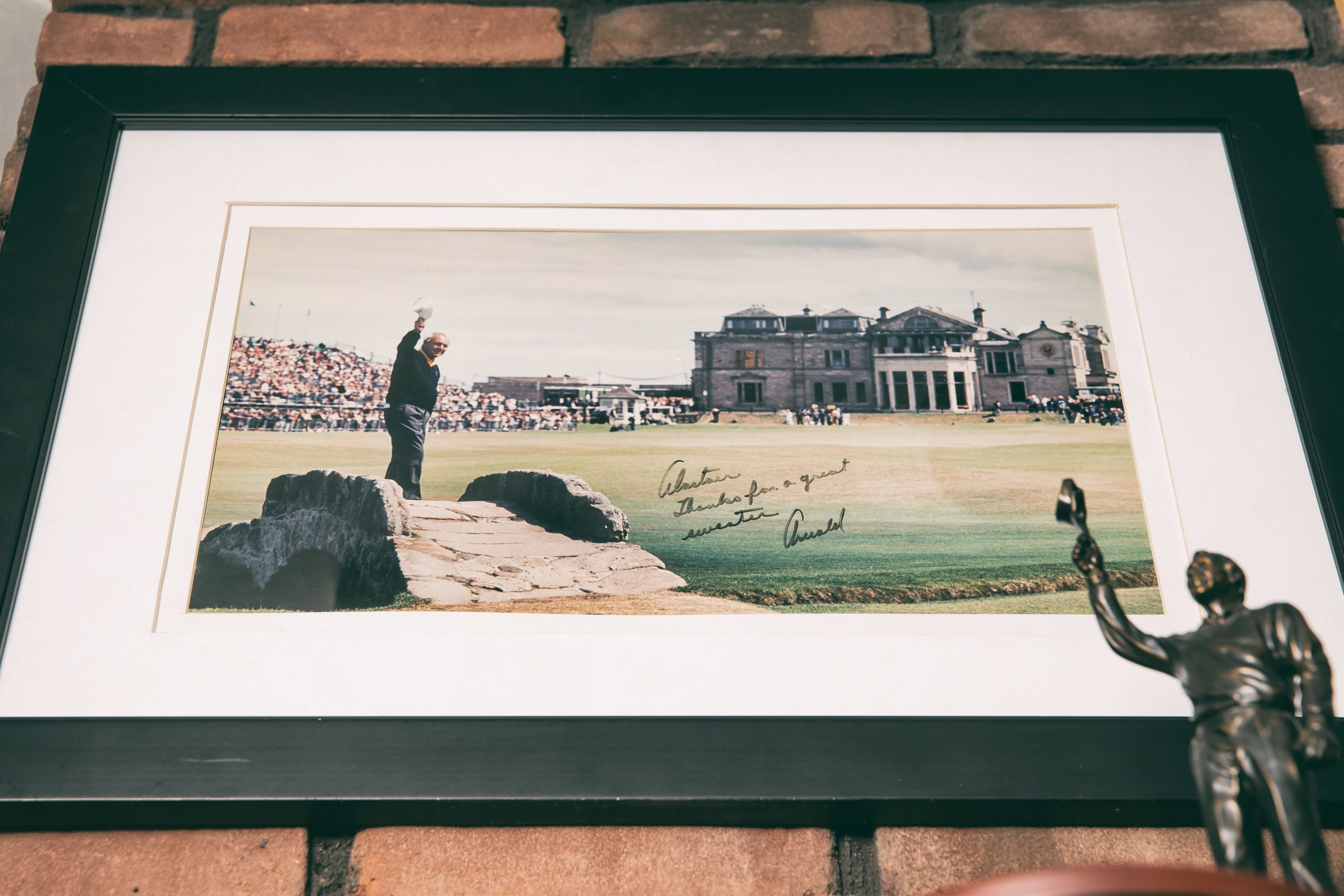 Arnold Palmer Autographed Open Championship Photo 1995. Photo by Todd Rosenberg.