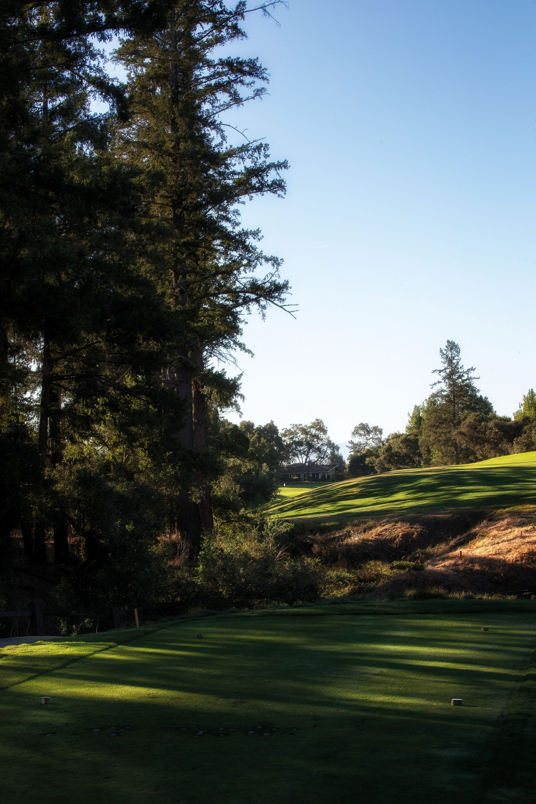 """The Spanish pasatiempo is translated as """"hobby"""" or """"pastime"""" or """"a relaxed passage of time,"""" and this is illustrated by the club's logo, but No. 16 is not a relaxing part of this passage. It's a true test of nerve and skill from tee to green. Images by Mike Gibbons"""
