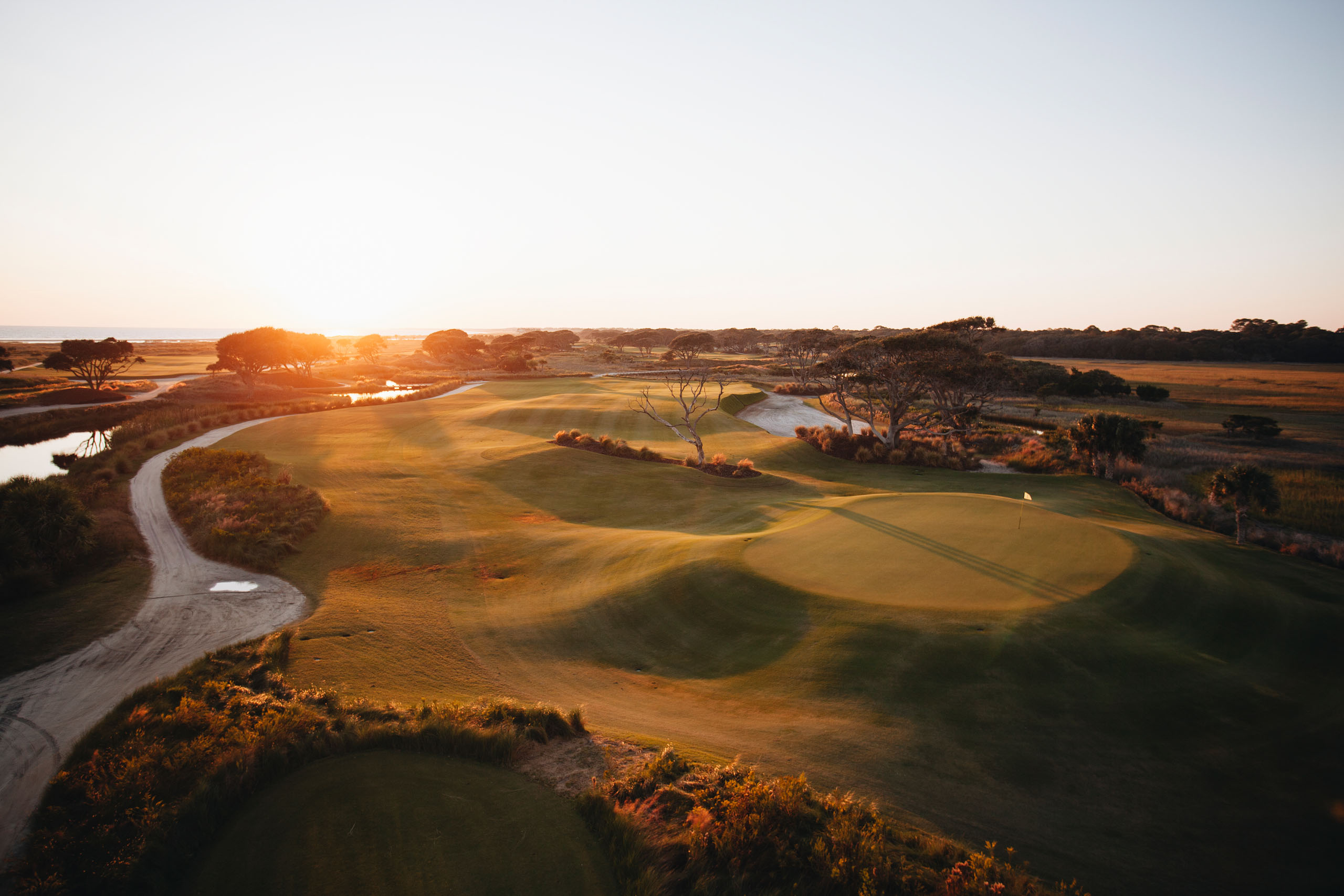 This shot of No. 3—taken before Rory's Oak was removed—shows the character of the hole that Kiawah Island executives are trying to recreate. Rather than rush the process, they're looking for the perfect replacement to greet Rory McIlroy when he tees it up at the 2021 PGA Championship. Photo: Stephen Szurlej