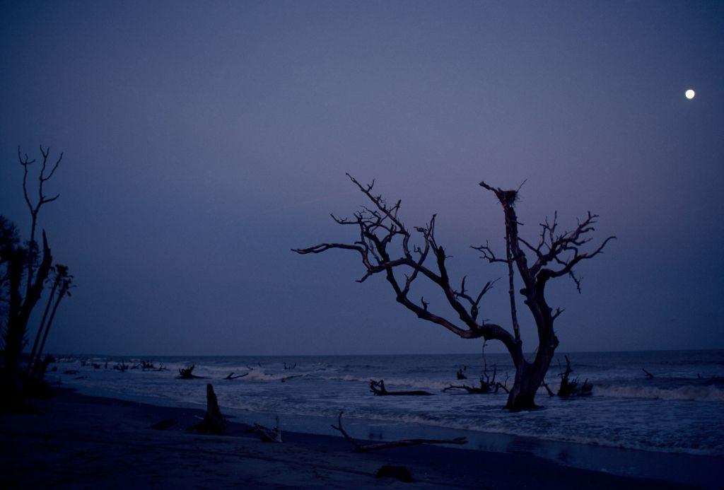 Nighttime. Photo: David Alan Harvey/National Geographic Creative