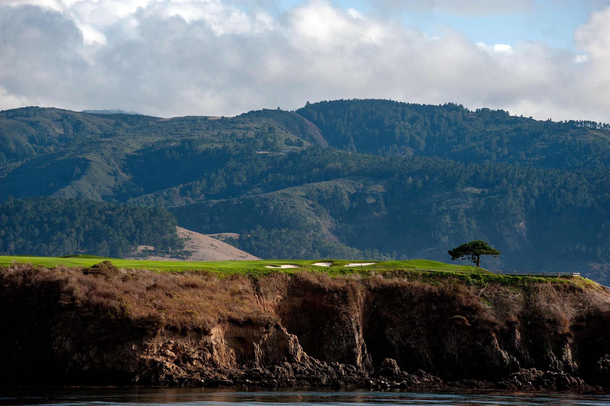 Styles change and the game evolves. So does Pebble: The tree by No. 6 green has since been removed.  Photo by Kohjiro Kinno